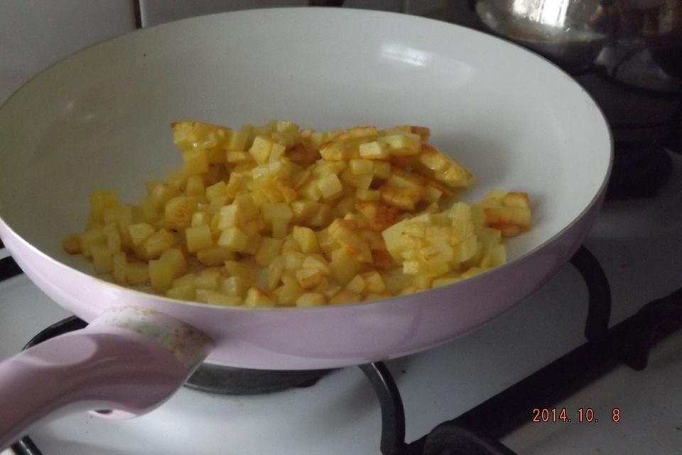 Patatesli Omlet Tarifi 5