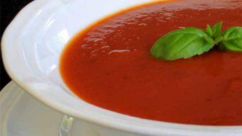 Roka Pestosu ve Soğuk Domates Çorbası